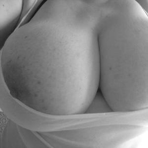 bigboobs0140